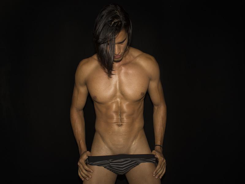 muscular boys free cams
